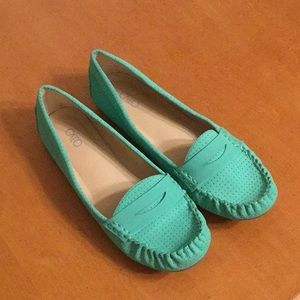 NWT Cato Mint Green Loafers